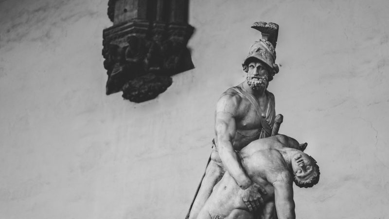 marble statue fighting