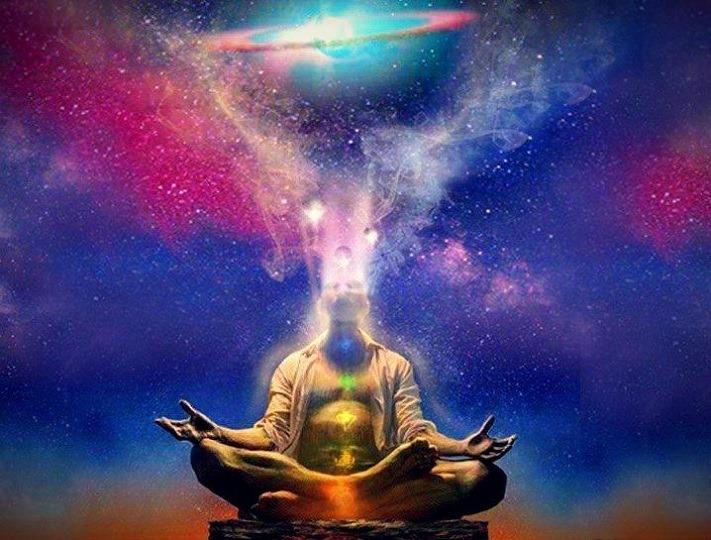 man meditating on the 7 chakras